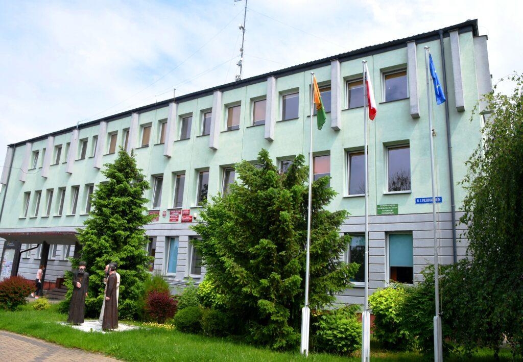 Zdjęcie budynku starostwa